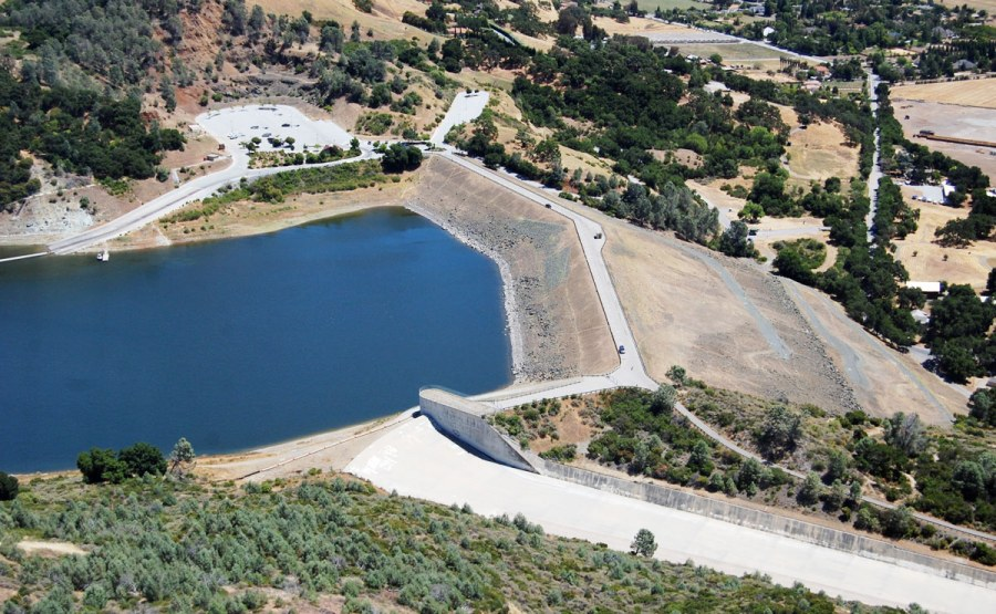 As part of a Dam Safety Review Project, Geosyntec was retained by a California water district to perform an independent FERC Part 12D safety evaluation and conduct PFMA workshops for four embankment dams. Our contributions helped the water district plan and prioritize their safety program and seismic retrofit work.