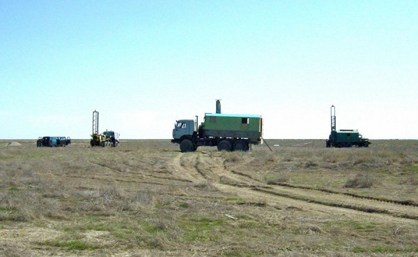 Geosyntec worked with local contractors to design and implement a comprehensive subsurface investigation of the proposed CTF area using conventional drilling and CPT technology.