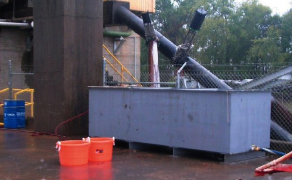 Geosyntec designed and used a sampling device for the collection of impinged fish in Plant Hammond's cooling water intake structure.