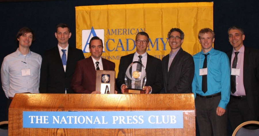 Project team receiving the award (L-R) Bireta (Chevron), Gavin Grant (Savron), Grant Scholes (Savron), Dave Thomas (Chevron), Jason Gerhard (University of Western Ontario), Cody Murray (Savron), José Torero (University of Maryland).